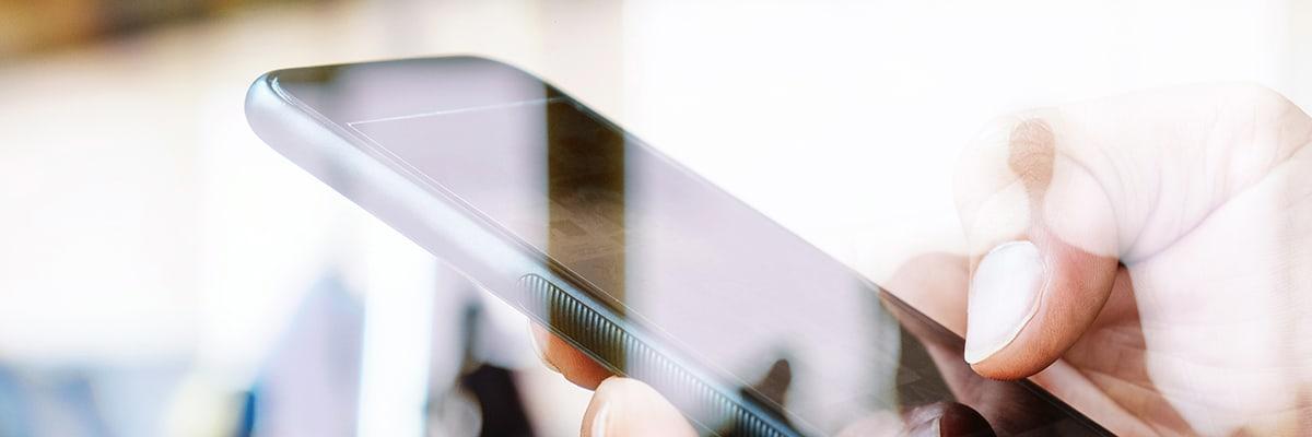 Upsie Versus AppleCare Phone Insurance