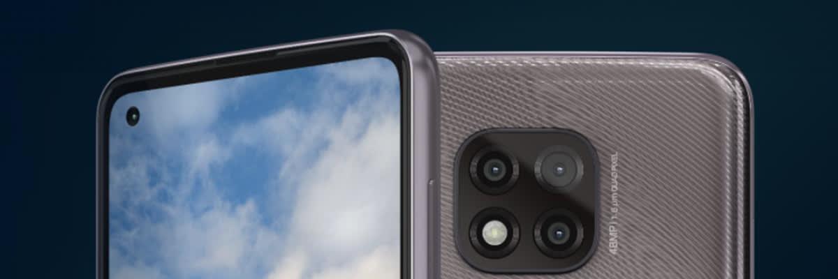 Choose Between the Moto G Power and Pixel 4a Smartphones