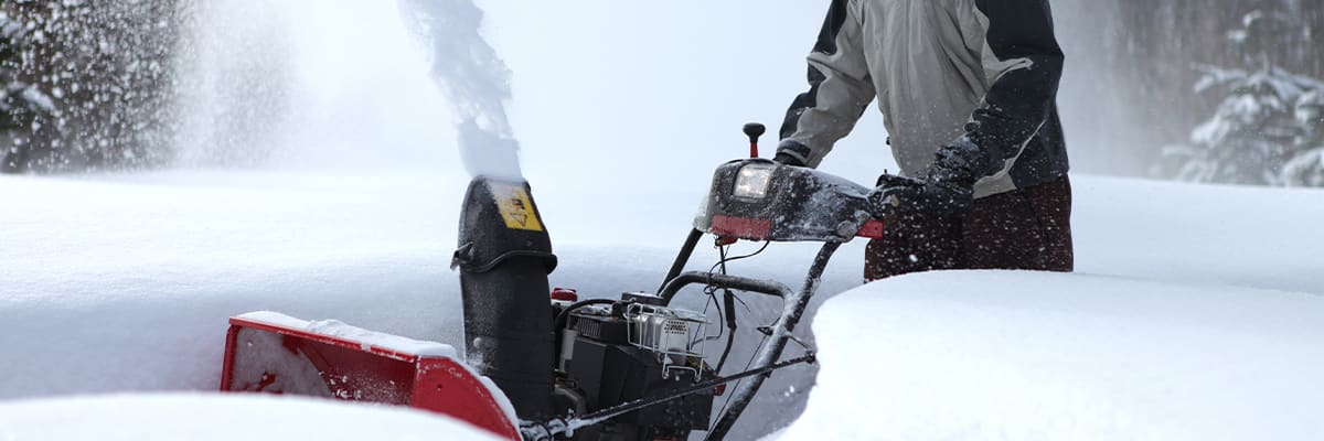 The Pros and Cons of Electric vs Gas Snow Blowers