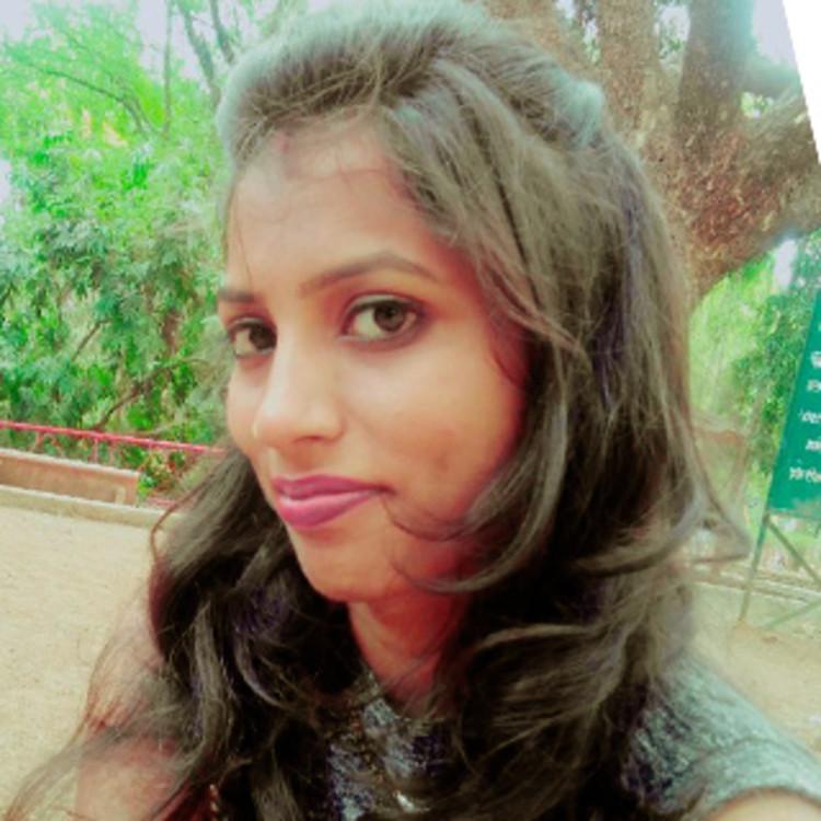 Dr Honey Puraniya's image