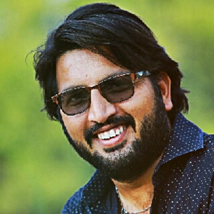 VISHAL GAJJAR's image