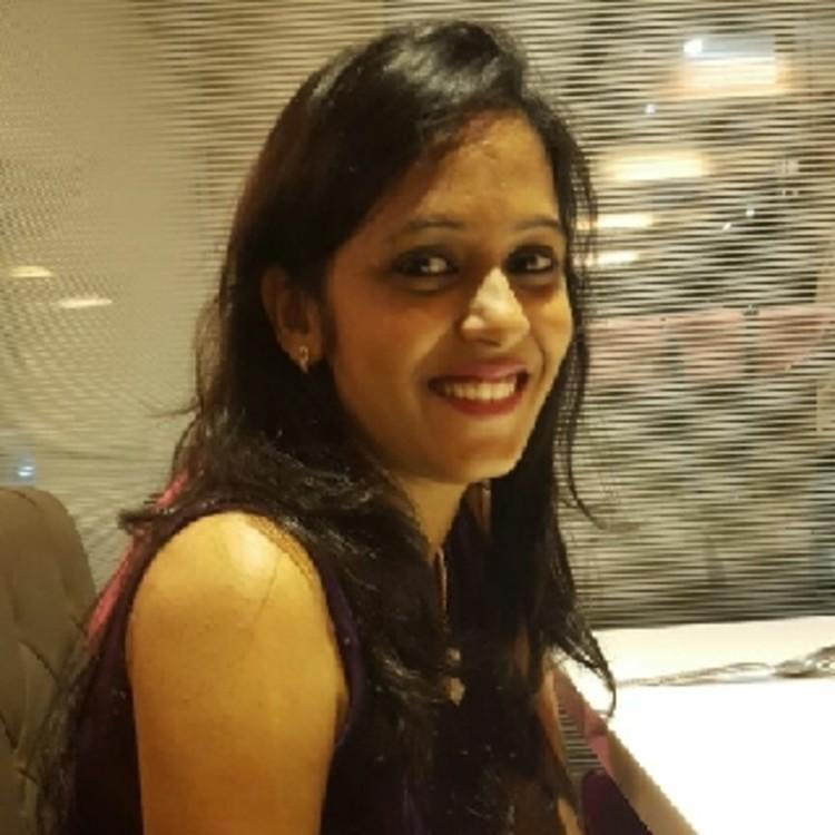 Karishma Mehta's image