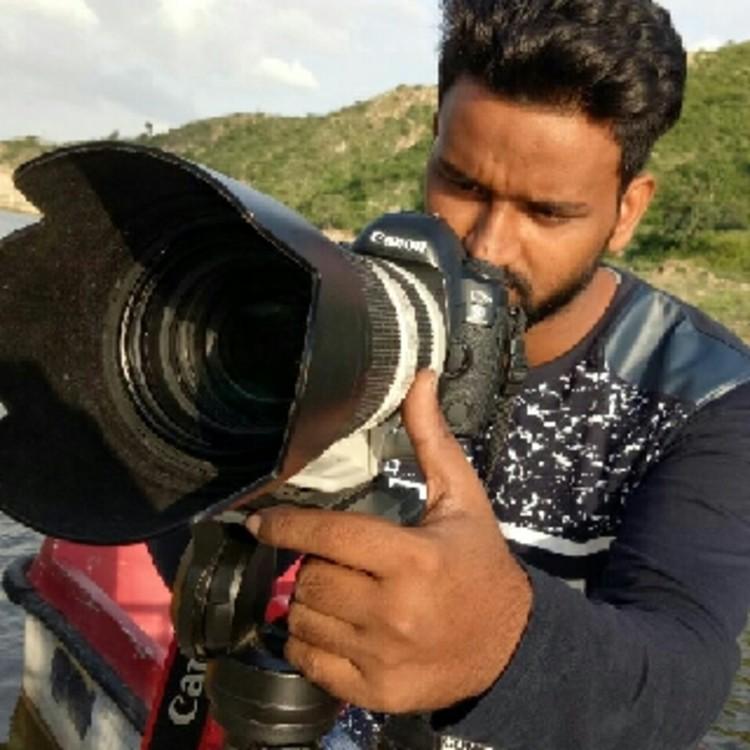 Shahid khan's image