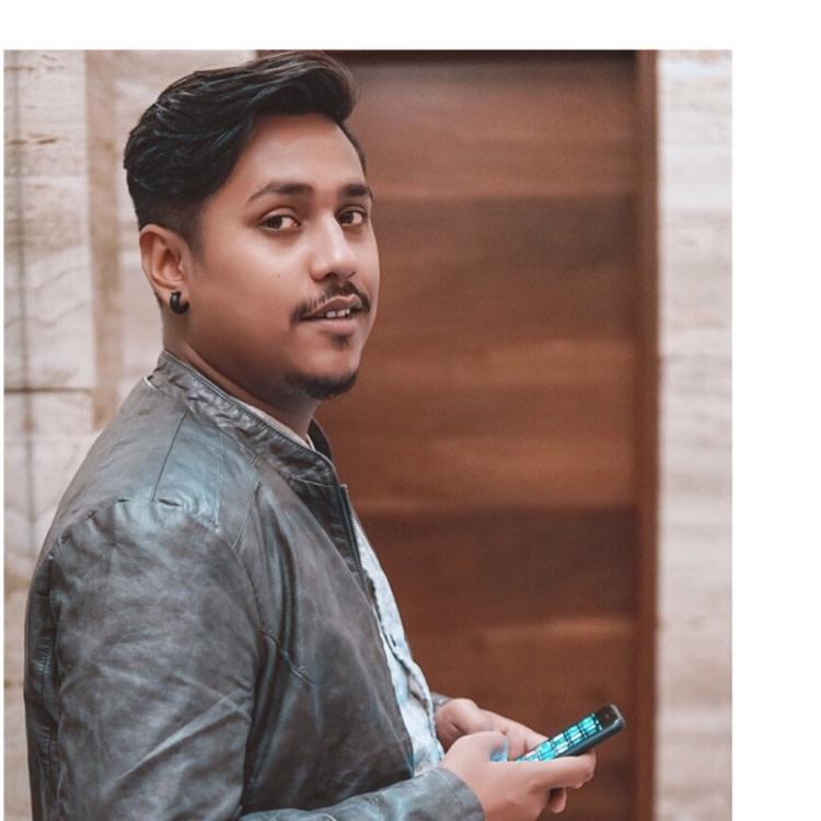 Akash Deb's image