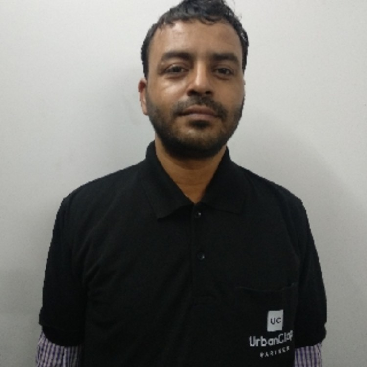 Surender Kaushik's image