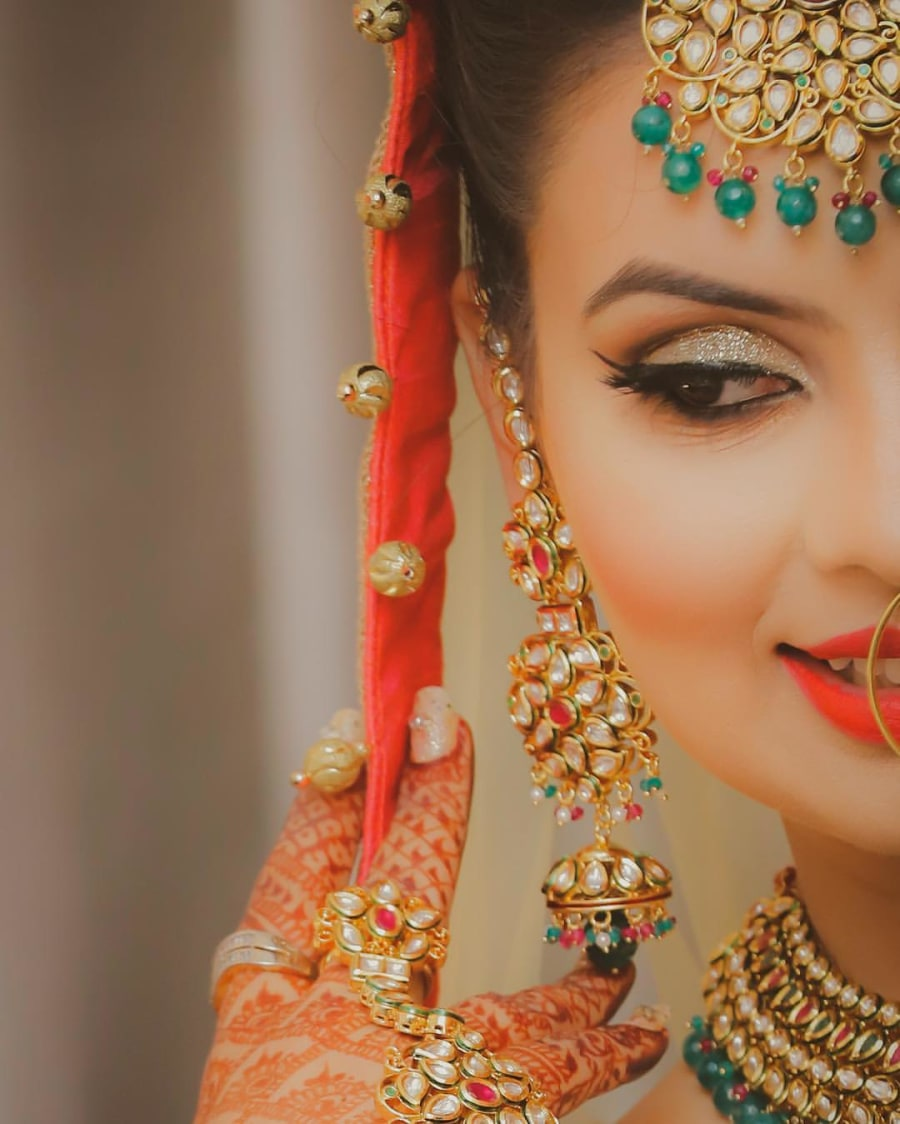 Bride Wearing Fine Crafted Bridal Jewellery by Kabeer Grover Bridal-makeup Bridal-jewellery-and-accessories | Weddings Photos & Ideas