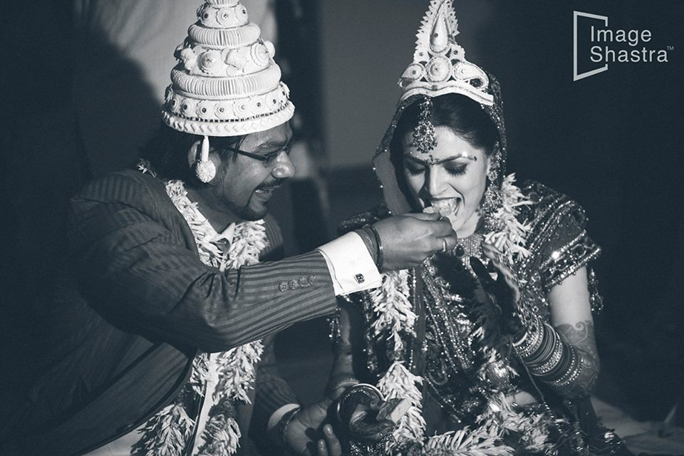 Classic couple by Imageshastra Wedding-photography | Weddings Photos & Ideas