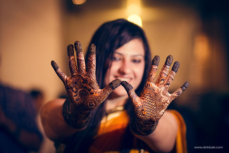 Intricate Mehndi Design! by DotDusk Studios Wedding-photography | Weddings Photos & Ideas