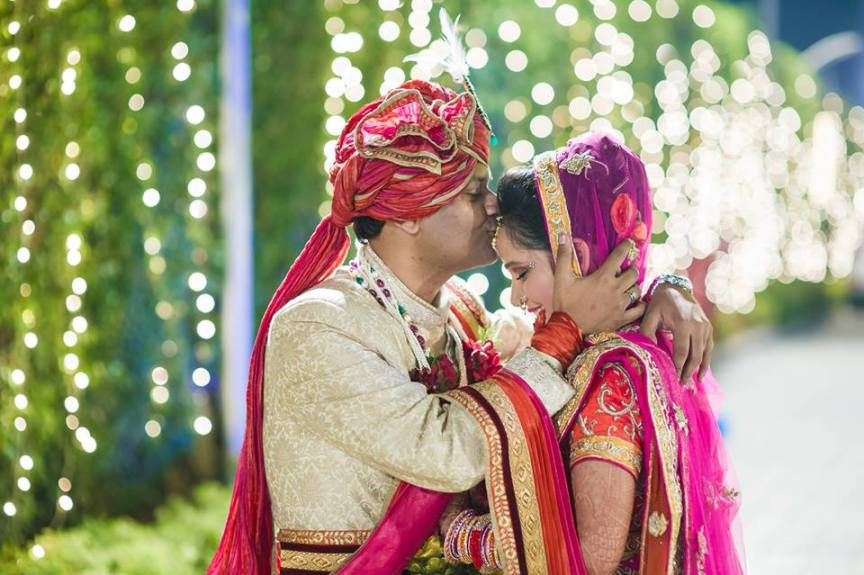 Stunning Couple Portrait On Wedding Day by Aviral Panthri Wedding-photography Groom-wear-and-accessories | Weddings Photos & Ideas