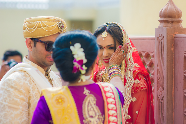 Candid Shot Of The Couple. by Aviral Panthri Wedding-photography Bridal-jewellery-and-accessories Groom-wear-and-accessories | Weddings Photos & Ideas
