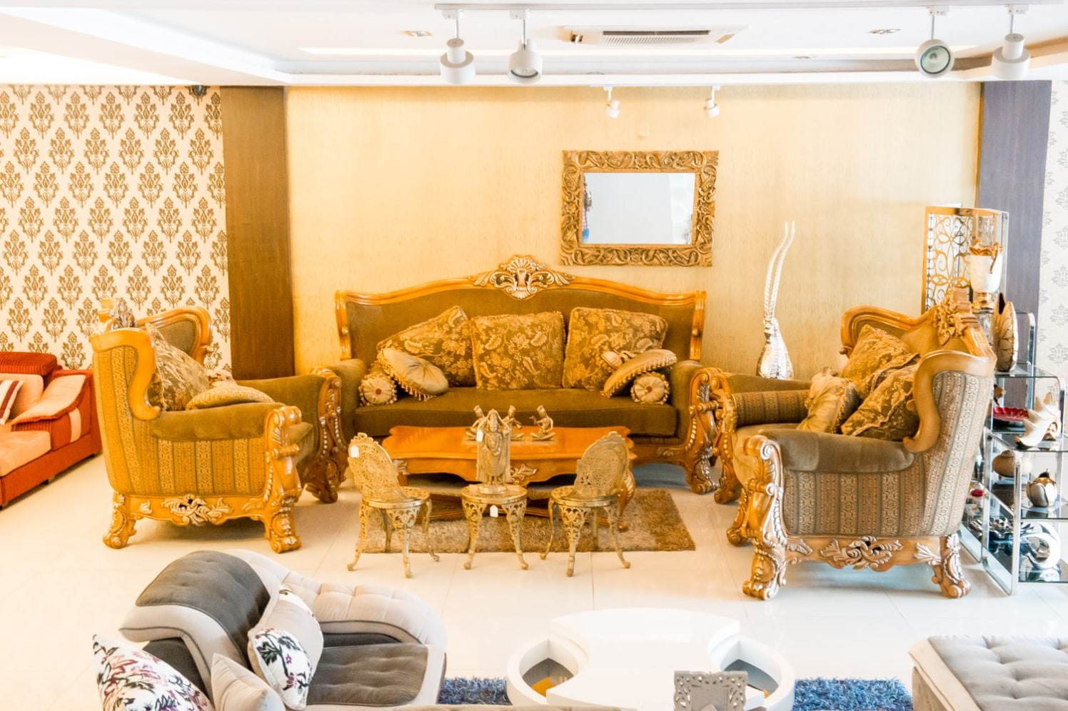 Sofa Showcase With Traditional Sofas by Ishika singh | Interior Design Photos & Ideas