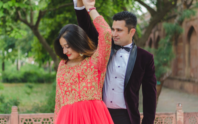 Twirling Couple Shot by Amish Photography Wedding-photography | Weddings Photos & Ideas