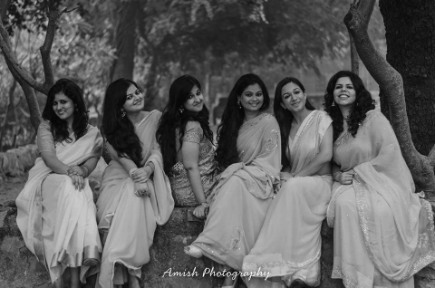 Girl gang by Amish Photography Wedding-photography | Weddings Photos & Ideas