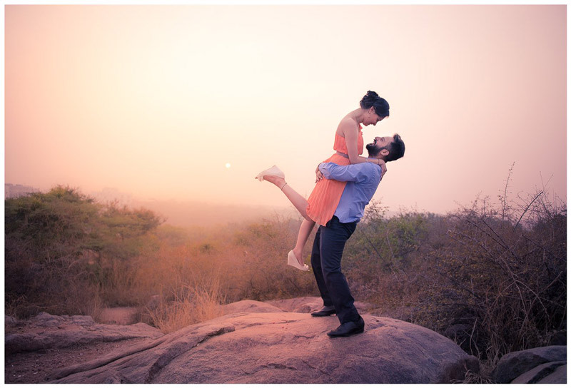 Pre Wedding Shoot In A Beautiful Location by Arjun Kartha Wedding-photography | Weddings Photos & Ideas