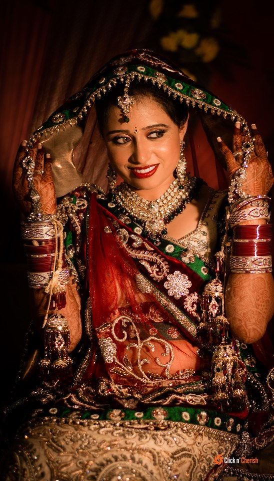 Polki Kundan Necklace With Green Pearls by Dushyantha Kumar C Wedding-photography   Weddings Photos & Ideas