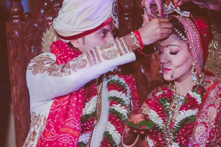 Everlasting Ties! by Arjun Mahajan Wedding-photography Bridal-jewellery-and-accessories Groom-wear-and-accessories | Weddings Photos & Ideas