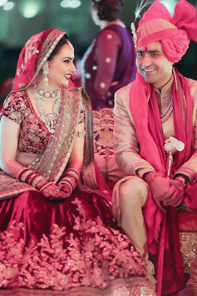 Stellar Pair On Wedding Day! by Arjun Mahajan Wedding-photography Bridal-jewellery-and-accessories Groom-wear-and-accessories | Weddings Photos & Ideas