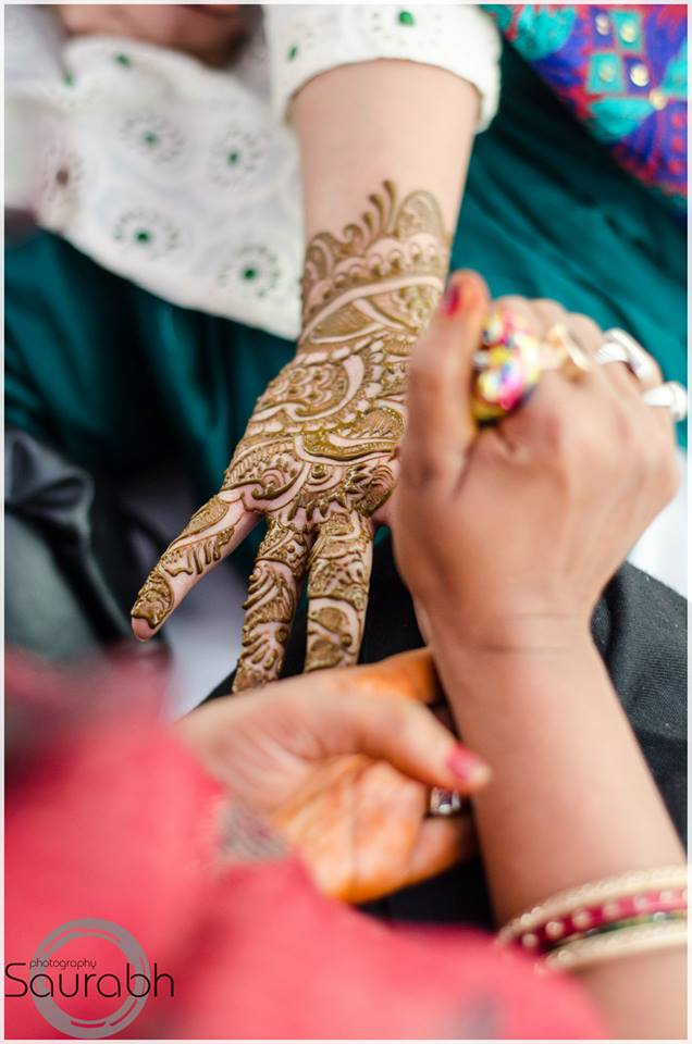 Simple Mehndi Design! by Saurabh Wedding-photography | Weddings Photos & Ideas
