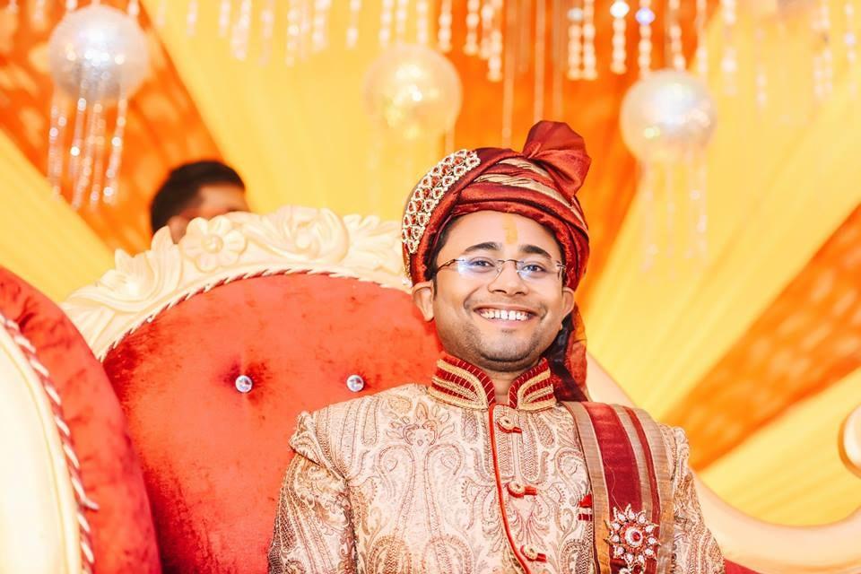 Cheerful Groom! by Saurabh Wedding-photography Groom-wear-and-accessories | Weddings Photos & Ideas