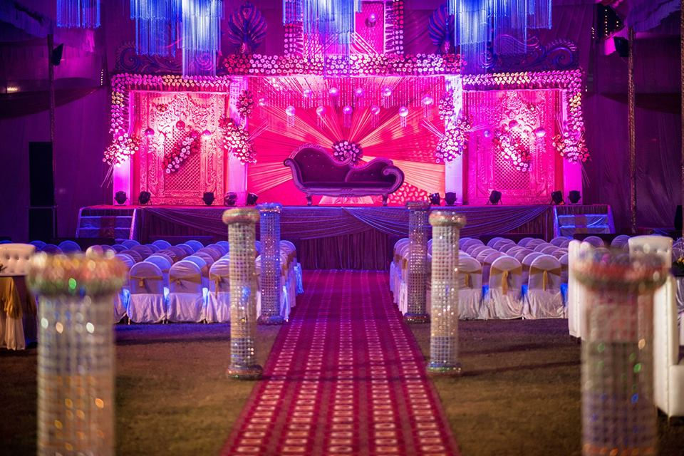 Stunning Wedding Decoration! by Saurabh Wedding-photography Wedding-decor | Weddings Photos & Ideas