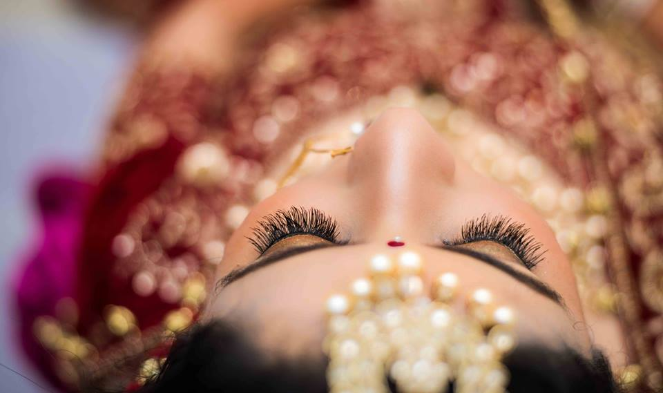 Gold and Glittery! by Saurabh Wedding-photography Bridal-makeup | Weddings Photos & Ideas
