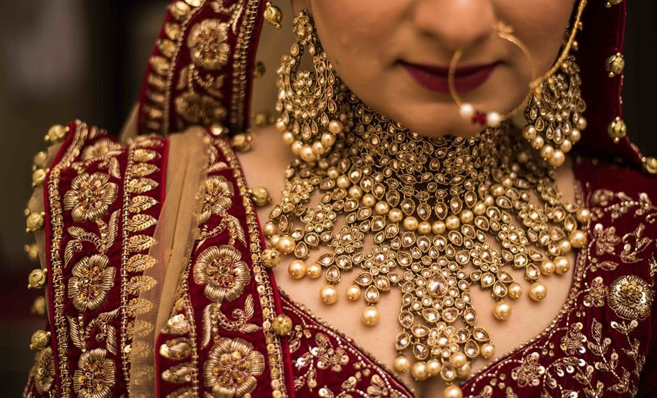 Exquisite Bridal Jewellery With Pearls by Saurabh Bridal-jewellery-and-accessories | Weddings Photos & Ideas