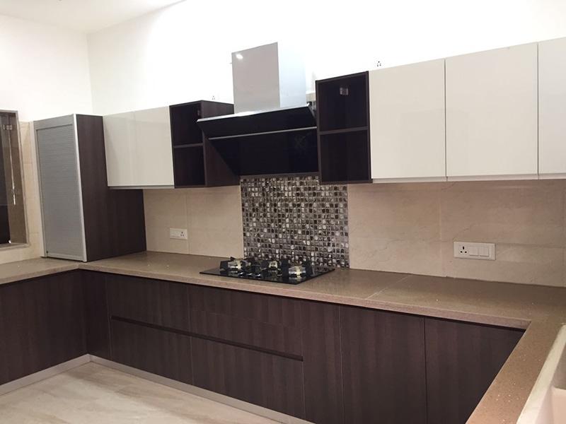 U-shaped modular kitchen design with wooden finish cabinets by Interior Design Modular-kitchen | Interior Design Photos & Ideas