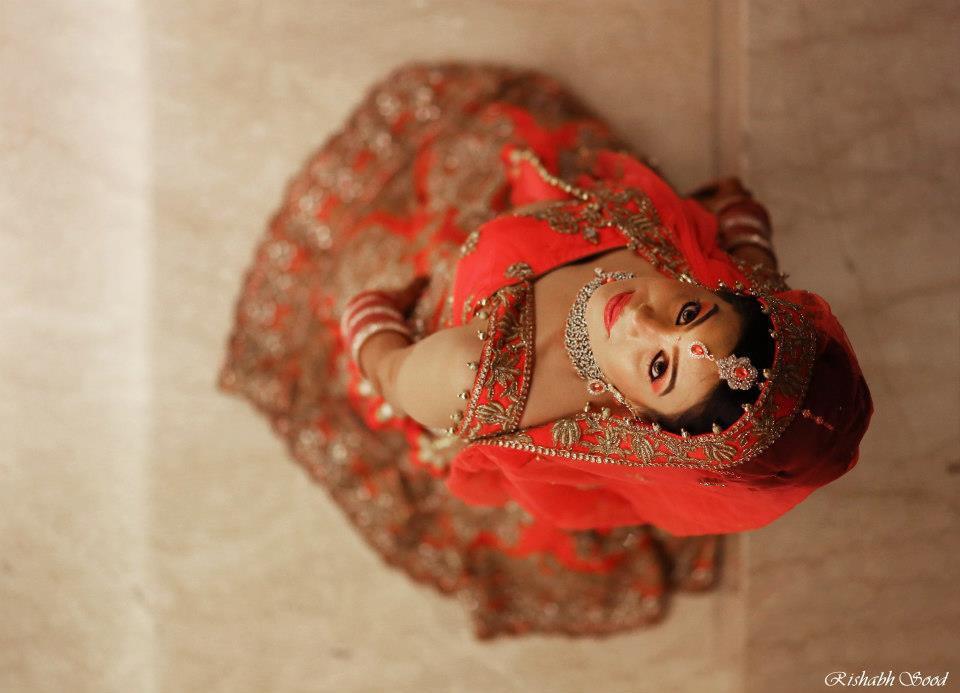 Bride Wearing Red Lehenga! by Rishabh Sood Wedding-photography Bridal-jewellery-and-accessories | Weddings Photos & Ideas