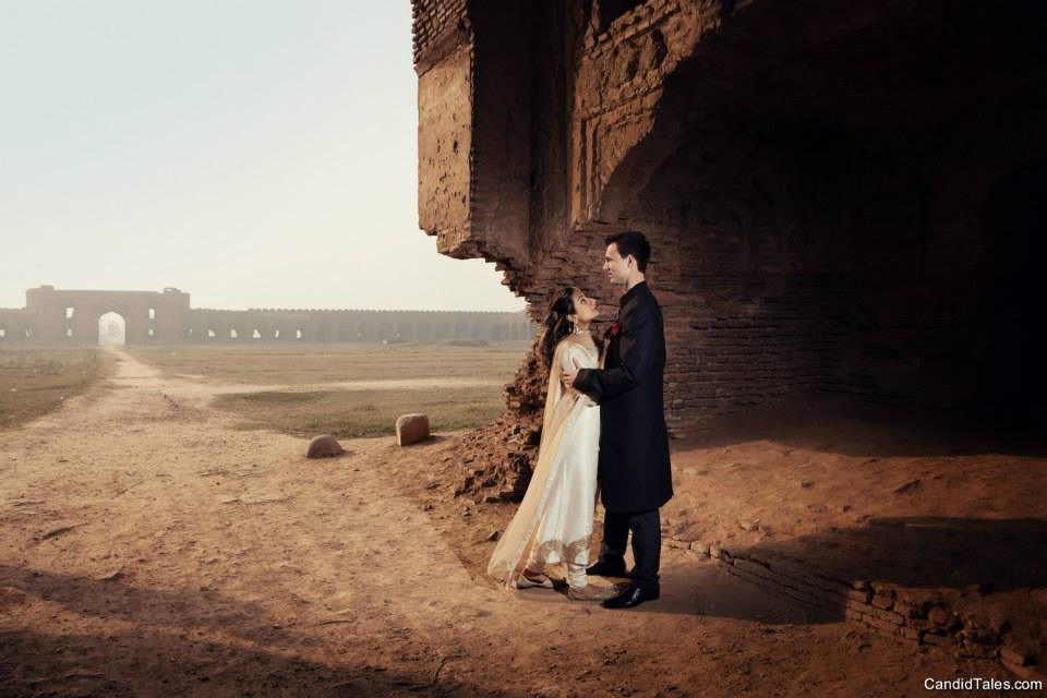 Pre Wedding Shot In A Stunning Place! by Rishabh Sood Wedding-photography | Weddings Photos & Ideas