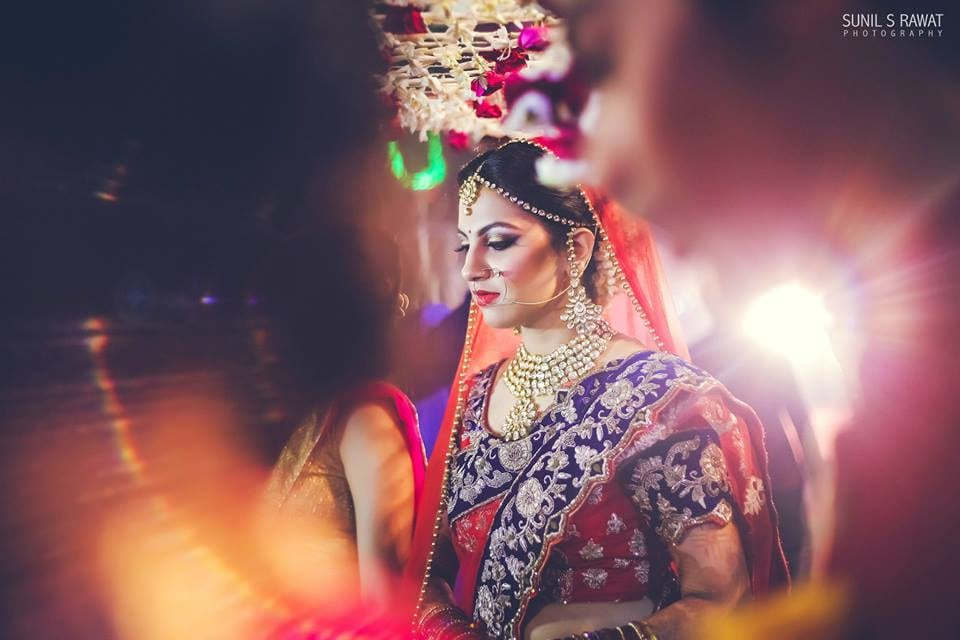 Adorable Bride Wearing Kundan Jewellery With Smokey Eyes by Sunil S Rawat Wedding-photography Bridal-jewellery-and-accessories Bridal-makeup | Weddings Photos & Ideas