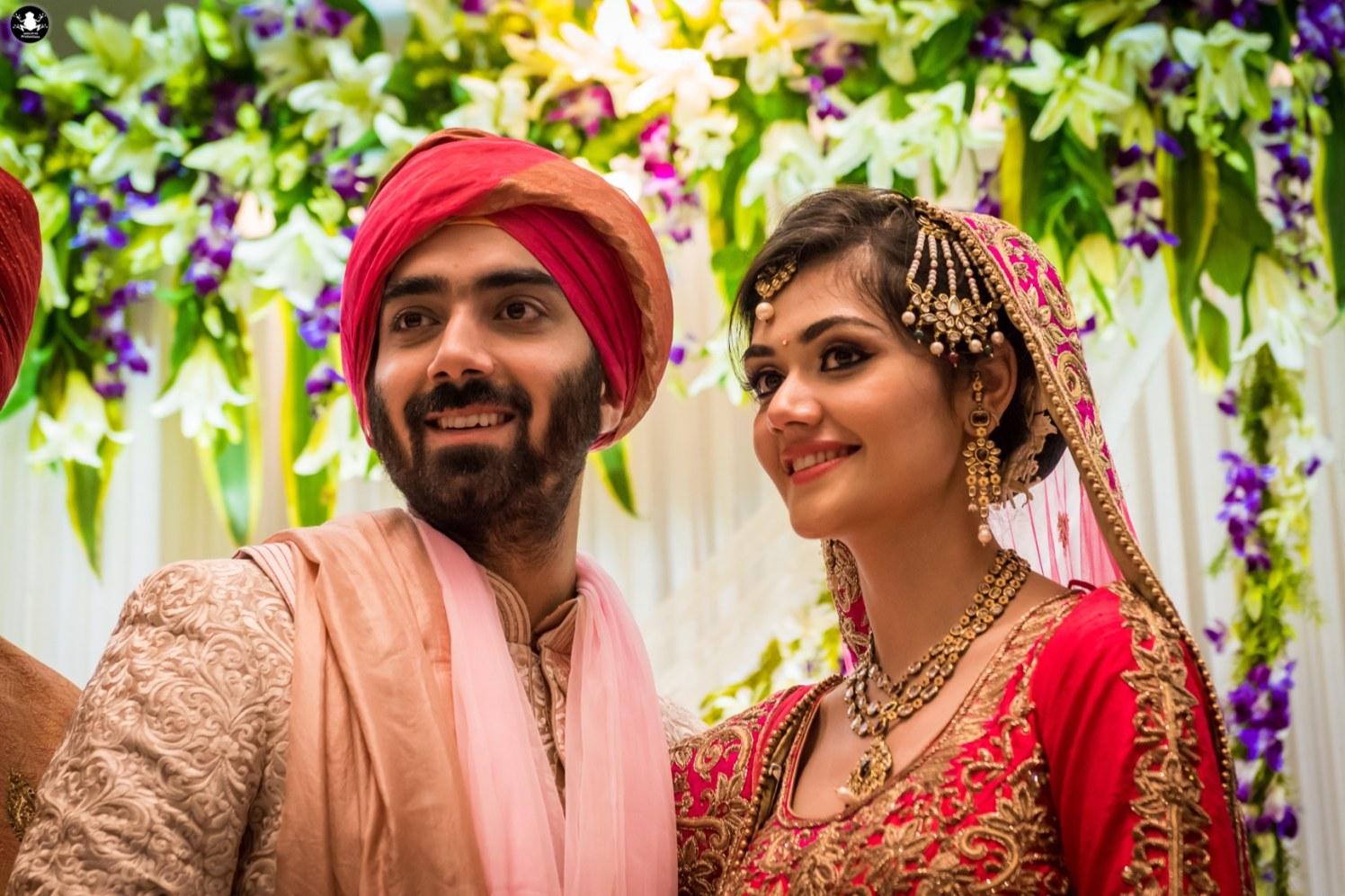 Gorgeous Bride Wearing Passa Mang Tikka by Kunal Khanna Wedding-photography | Weddings Photos & Ideas
