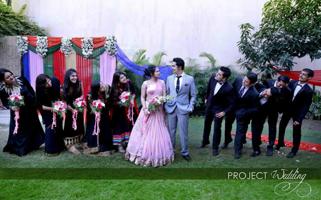 Bride and Groom and Bridesmaids Pose by Project Wedding Wedding-photography | Weddings Photos & Ideas