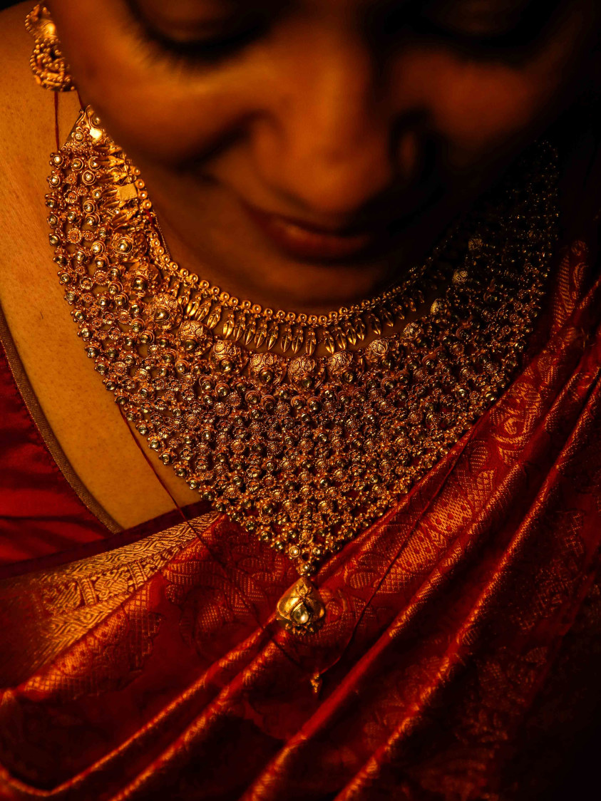 Bride Details Shot by Elienai Wedding-photography | Weddings Photos & Ideas