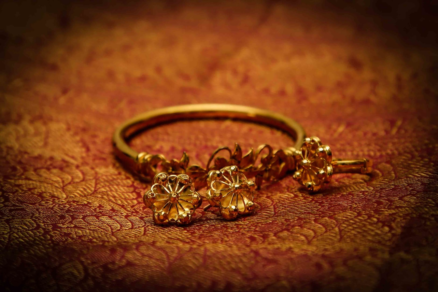 Intricate Bridal Gold Bracelet by Elienai Wedding-photography   Weddings Photos & Ideas