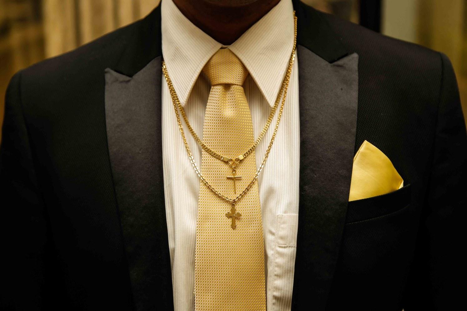 Christian Groom Details by Elienai Wedding-photography | Weddings Photos & Ideas