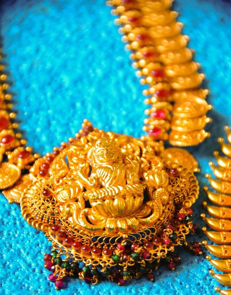 Golden temple jewelery by The Wedding Frames Wedding-photography | Weddings Photos & Ideas
