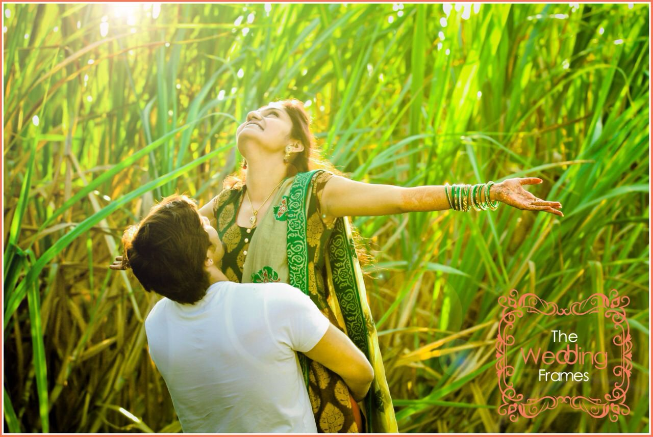 Romantic Pre-Wedding Shoot Pose by The Wedding Frames Wedding-photography | Weddings Photos & Ideas