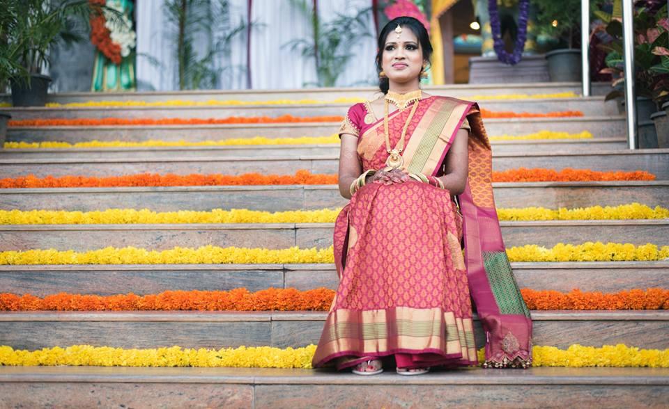 Bride Wearing A Simple Saree by Radha Photos Wedding-photography | Weddings Photos & Ideas
