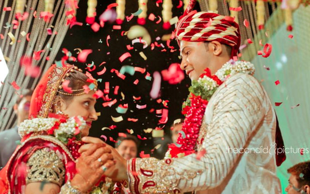 Candid Moment Between Bride and Groom During Their Wedding Ceremony by Kiran Kumar J Wedding-photography | Weddings Photos & Ideas