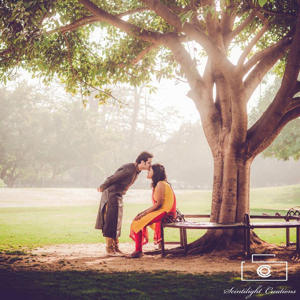 Classic Romantic Bride and Groom-To-Be Pose Under a Tree by Gracian Wedding-photography | Weddings Photos & Ideas