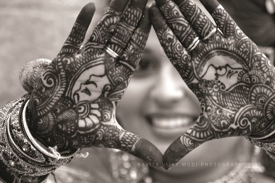 Raja Rani Architecture Bridal Mehendi Design by Kavita Vijay Modi Bridal-mehendi | Weddings Photos & Ideas
