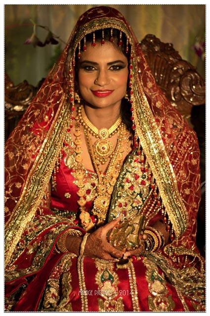 Bride Wearing Heavy Gold Bridal Necklace by Vishnu Bharath Wedding-photography | Weddings Photos & Ideas