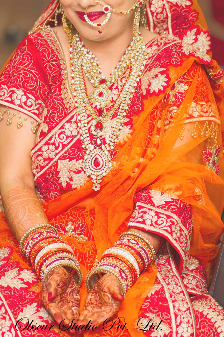 Bride Wearing Beautiful Red and Orange Applique Work  Saree by Obscur Photography Wedding-photography | Weddings Photos & Ideas
