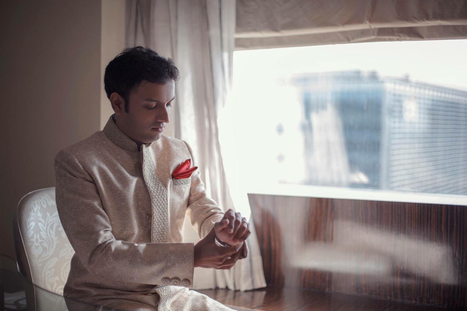 Dashing Groom Wearing White Sherwani by Sagar Thackar Wedding-photography | Weddings Photos & Ideas