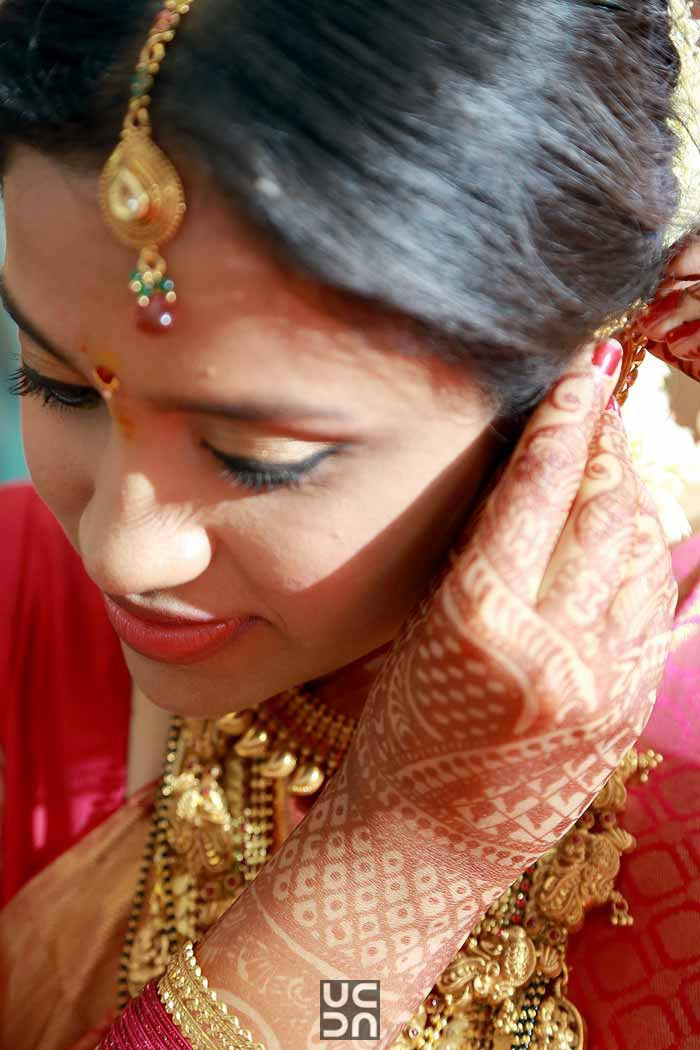 Gorgeous frame of a bride by Madhuri Sharma Photography Wedding-photography | Weddings Photos & Ideas