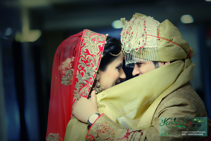 Different pose of bride and groom by Krishna Studio Wedding-photography   Weddings Photos & Ideas