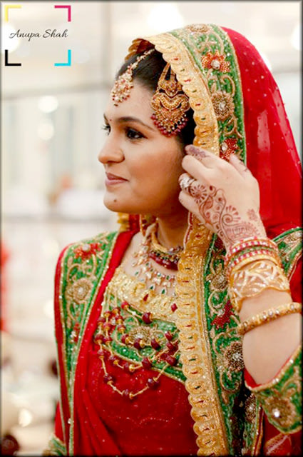 Ravishing Red! by Anupa Shah Wedding-photography Bridal-jewellery-and-accessories Bridal-makeup | Weddings Photos & Ideas