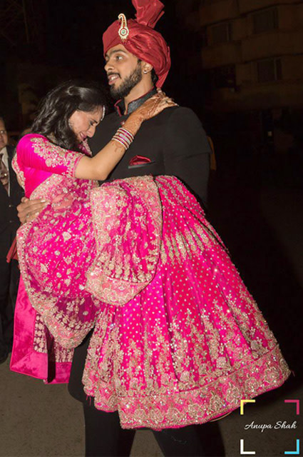Quirky Couple Portrait! by Anupa Shah Wedding-photography Wedding-dresses Groom-wear-and-accessories | Weddings Photos & Ideas