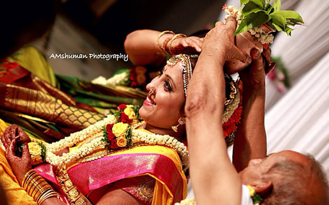 Enthralling Sight Of The Bride! by Amshuman Wedding-photography | Weddings Photos & Ideas