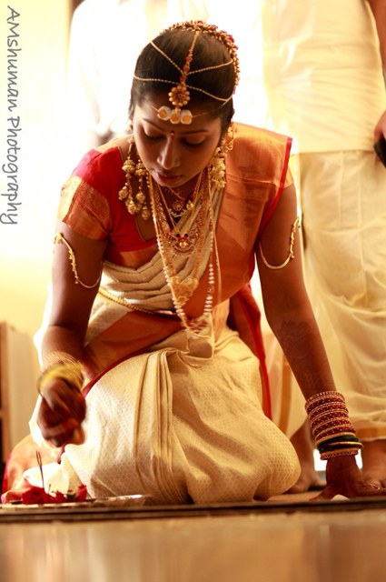 Charming Bride On Her D-Day! by Amshuman Wedding-photography Bridal-jewellery-and-accessories | Weddings Photos & Ideas